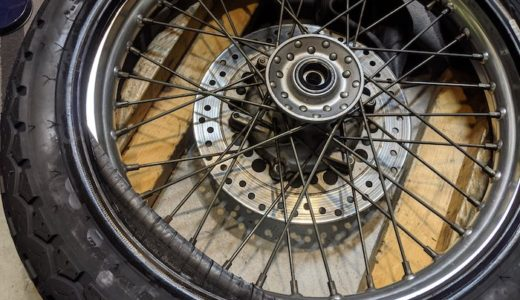 GB250 Fタイヤ交換